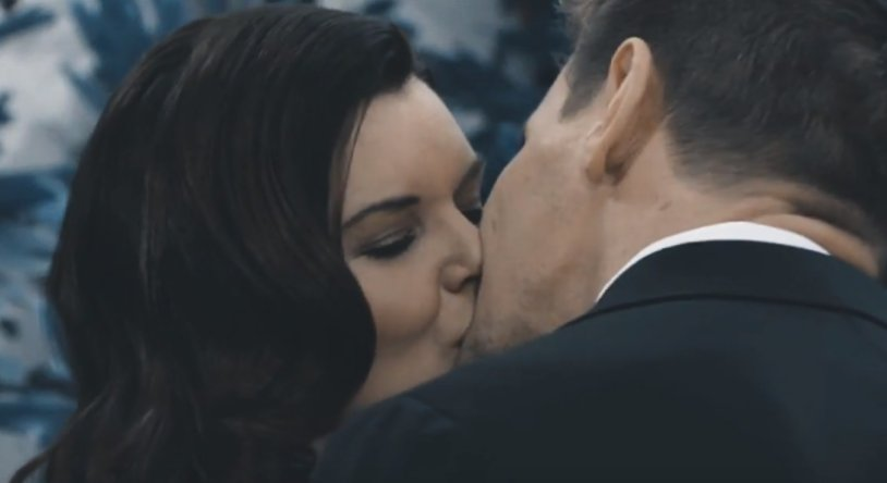 B&B's Thorne and Katie kiss