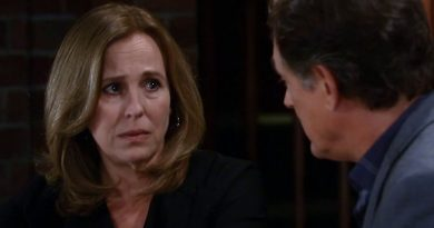 General Hospital: Laura Spencer - Genie Francis