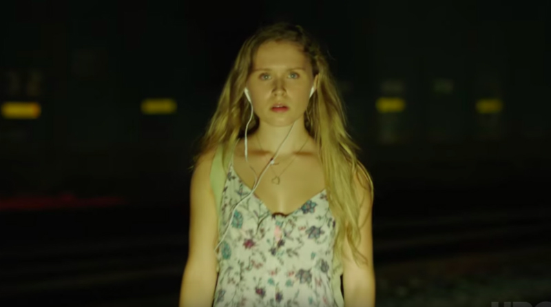 Sharp Objects: Amma Crellin (Eliza Scanlen)