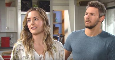 Bold and the Beautiful - Hope Logan (Anikka Noelle) Liam Spencer (Scott Clifton) 33