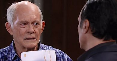 General Hospital - Mike Corbin and Sonny Corinthos - Max Gail and Maurice Benard