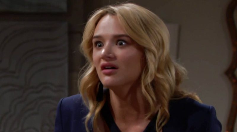 Young and the Restless: Summer Newman (Hunter King)