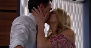 Young and the Restless Spoilers Billy Abbott (Jason Thompson) Summer Newman (Hunter King)