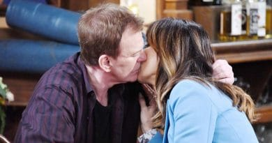 Days of Our Lives Spoilers: Lauren Koslow (Kate Roberts) - Josh Taylor (Roman Brady)