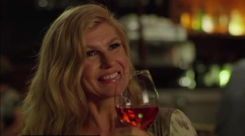 Dirty John: Connie Britton (Debra Newell)