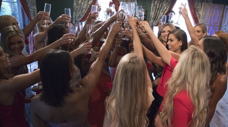 The Bachelor: Colton Underwood - Bachelorettes