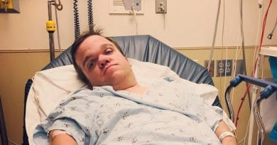 7 Little Johnstons: Trent Johnston - Hospital