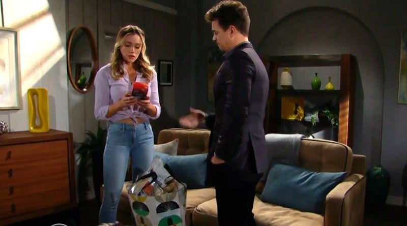 Bold and the Beautiful - Flo Fulton (Katrina Bowden) - Wyatt Spencer (Darin Brooks)
