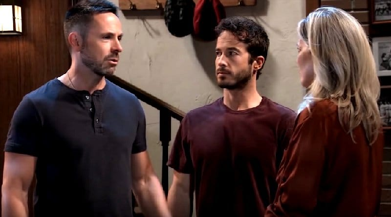 General Hospital Spoilers: Julian Jerome (William deVry) - Lucas Jones (Ryan Carnes