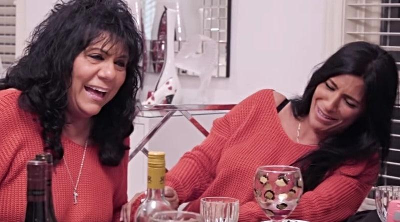 sMothered: Kathy - Cristina