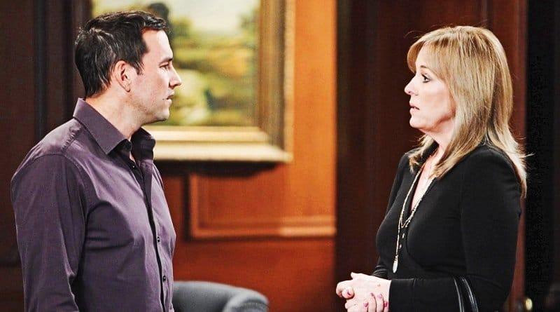 General Hospital Spoilers: Nikolas Cassadine (Tyler Christopher) - Laura Spencer (Genie Francis)