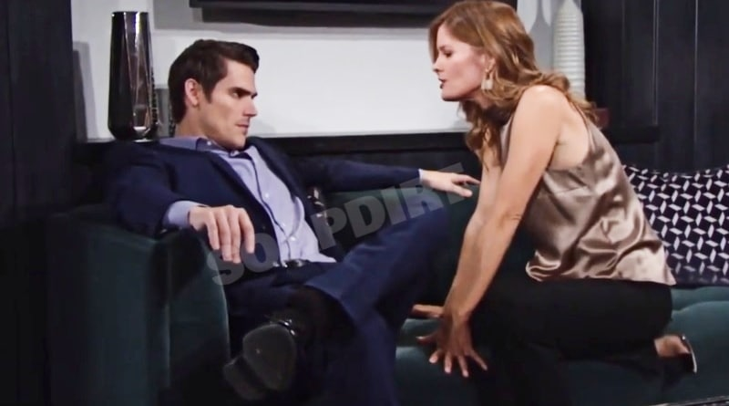 Young and the Restless: Phyllis Summers (Michelle Stafford) - Adam Newman (Mark Grossman)