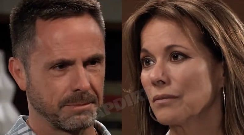 General Hospital Spoilers: Julian Jerome (William deVry) - Alexis Davis (Nancy Lee Grahn)