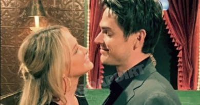 Young and the Restless: Sharon Newman (Sharon Case) - Adam Newman (Mark Grossman)