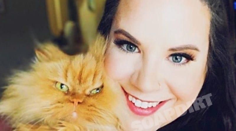 My Big Fat Fabulous Life: Whitney Thore - Henchi the Cat