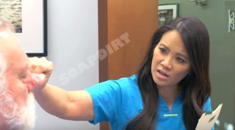 Dr Pimple Popper - Sandra Lee
