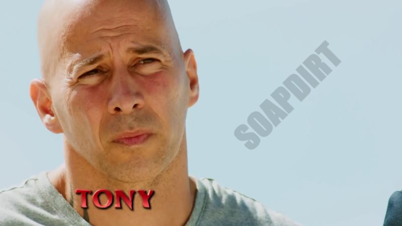 Survivor: Tony Vlachos - Survivor40 - Winners at War