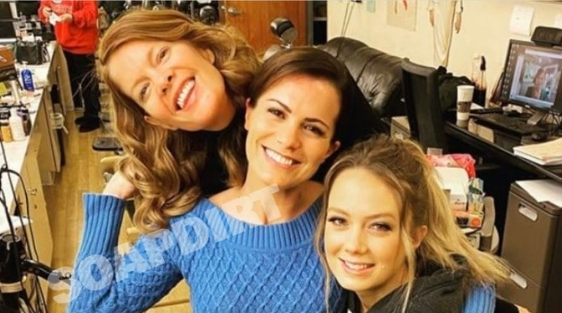 Young and the Restless Spoilers: Phyllis Summers (Michelle Stafford) - Chelsea Newman (Melissa Claire Egan) - Abby Newman (Melissa Ordway)