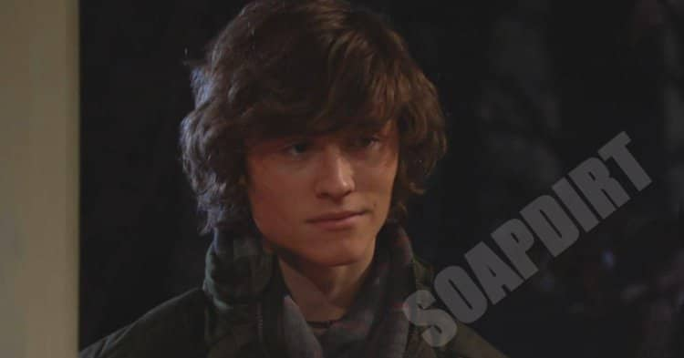 Young and the Restless: Reed Hellstrom (Tristan Lake Leabu)