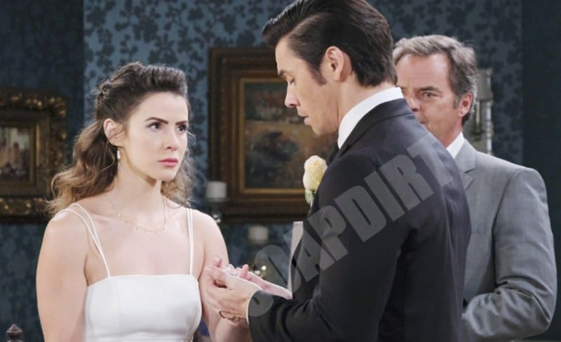 Days of Our Lives: Xander Cook (Paul Telfer) - Sarah Horton (Linsey Godfrey) - Justin Kiriakis (Wally Kurth)