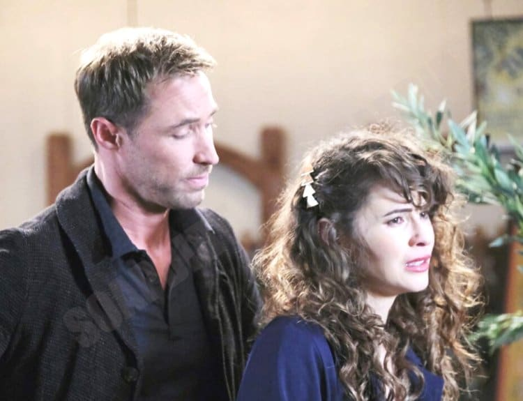 Days of Our Lives Comings & Goings: Rex Brady (Kyle Lowder) - Sarah Horton (Linsey Godfrey)