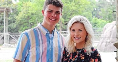 Bringing Up Bates: Katie Bates - Travis Clark
