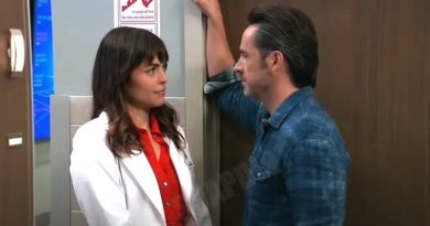 General Hospital Spoilers: Julian Jerome (William deVry) - Britt Westbourne (Kelly Thiebaud)