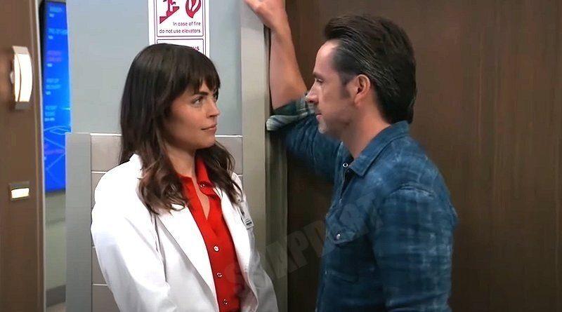 General Hospital Spoilers: Julian Jerome (William deVry) - Britt Westbourne (Kelly Thiebaud)