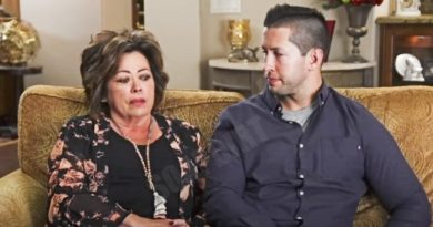 I Love a Mama's Boy: Mom Kelly and Matt