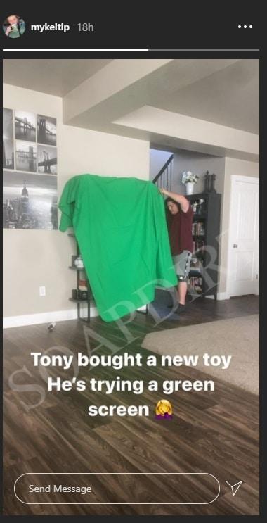 Sister Wives: Tony Padron Sets Up Green Screen