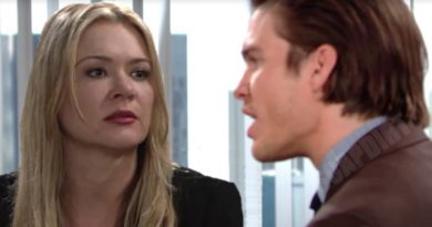 Young and the Restless Comings and Goings: Theo Vanderway (Tyler Johnson) - Brittany Hodges (Lauren Woodland)