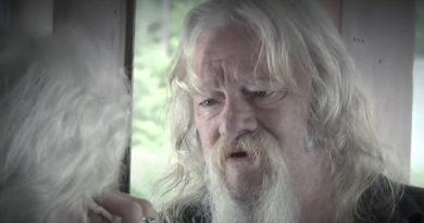 Alaskan Bush People: Billy Brown