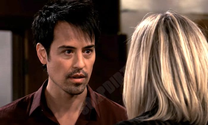 General Hospital Spoilers: Carly Corinthos (Laura Wright) - Nikolas Cassadine (Marcus Coloma)
