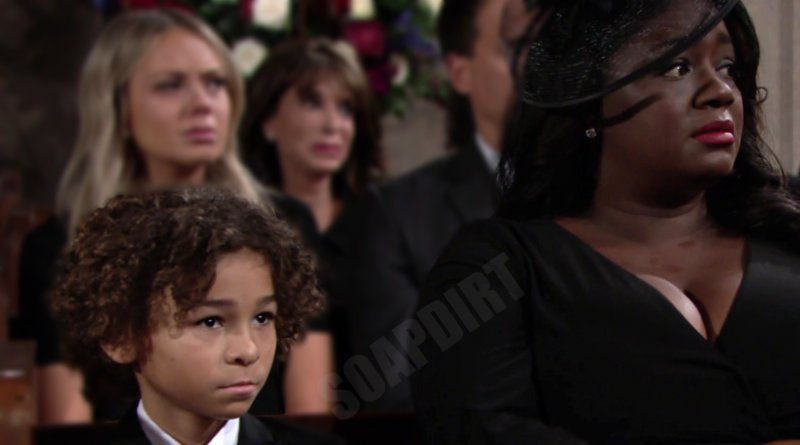 Young and the Restless Comings Goings: Moses Winters (Dax Randall) - Sofia Dupre (Julia Pace Mitchell)