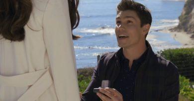 Bold and the Beautiful: John Finnegan - Finn- (Tanner Novlan) - Steffy Forrester (Jacqueline MacInnes Wood)