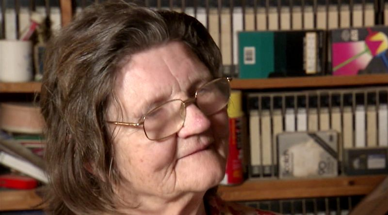 Hoarders: Beverly Mitchell