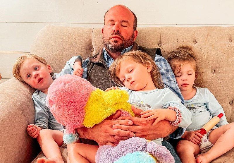 Sweet Home Sextuplets: Eric Waldrop
