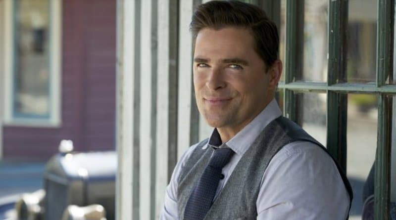 When Calls The Heart: Lee Coulter (Kavan Smith)