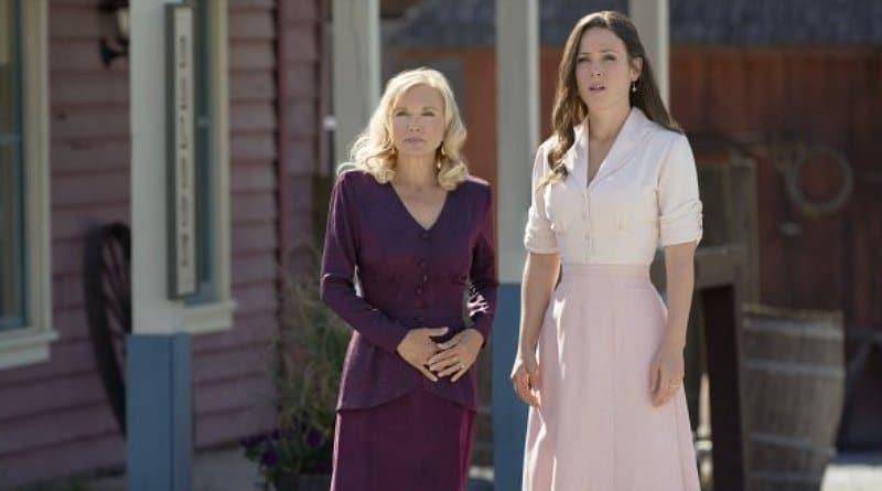When Calls The Heart Spoilers: Elizabeth Thornton (Erin Krakow) - Helen Bouchard (Teryl Rothery)