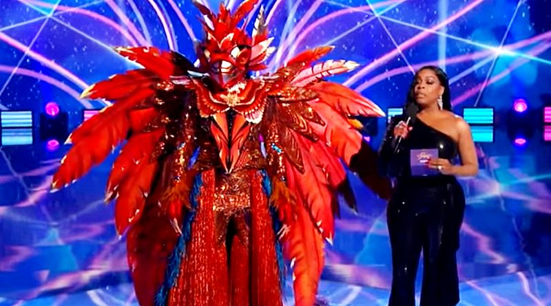The Masked Singer: The Phoenix - Niecy Nash
